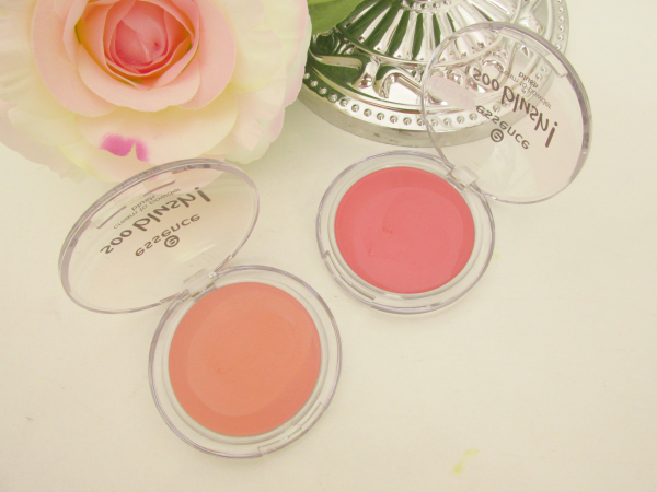 essence Soo Blush! cream to powder blushes 10 sweet as a peach und 20 everything is better in pink