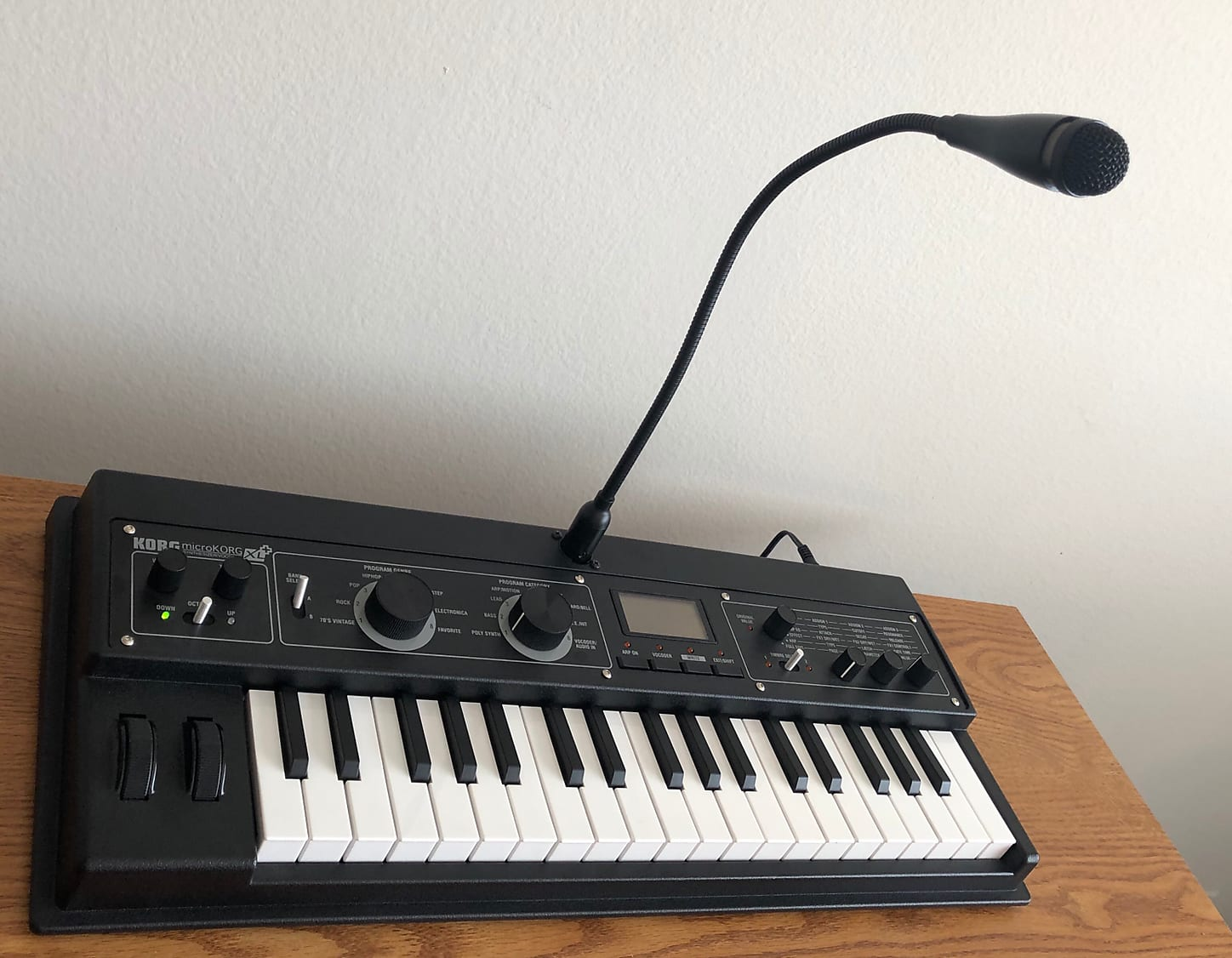 MATRIXSYNTH: Korg microKORG XL+ Analog Modeling Synthesizer