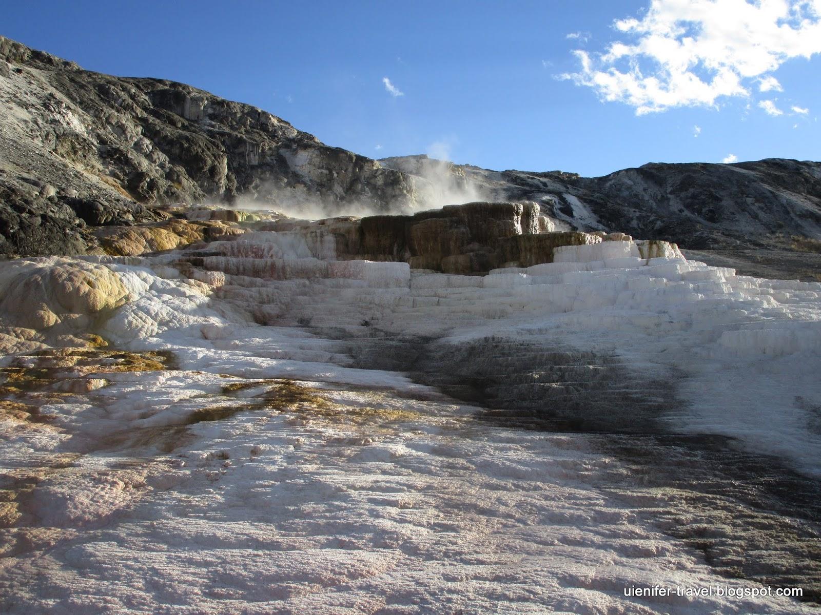 Горячие источники Маммос. Йеллоустоун, Вайоминг (Mammoth Hot Springs. Yellowstone National Park, WY)