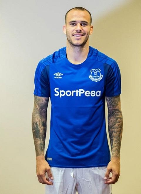 Tiền vệ Ramirez chính thức gia nhập Everton