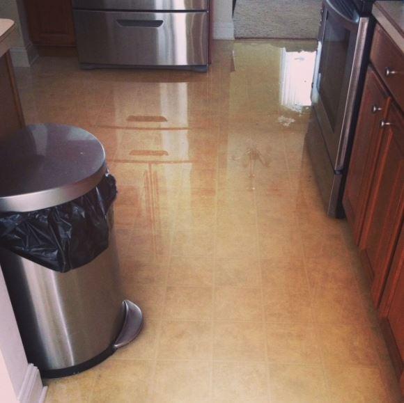 Как действовать если затопили Ваше жилье?