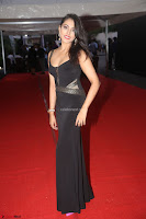 Madhu Shalini in a Glamorous Deep neck Black Sleeveless Dress at Mirchi Music Awards South 2017 ~  Exclusive Celebrities Galleries 030.JPG