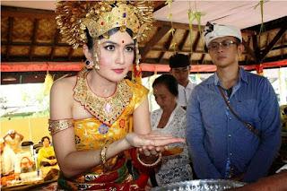 Gambar Baju Adat Bali Terlengkap 2020717