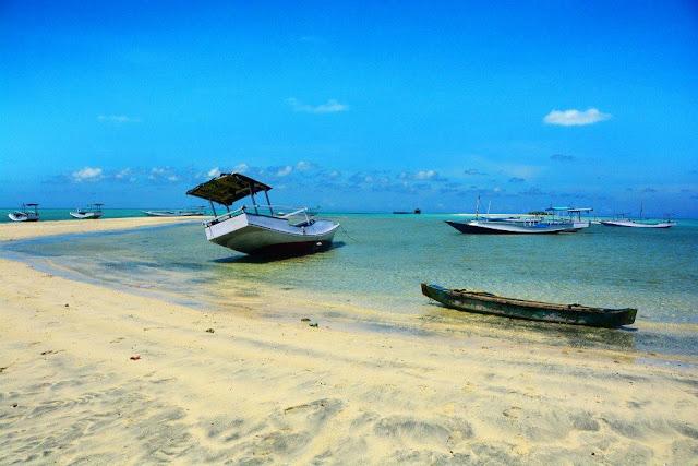 Wisata Pulau Bawean Indonesia