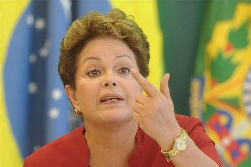 Rousseff denuncia agresiones del Gobierno contra universidades