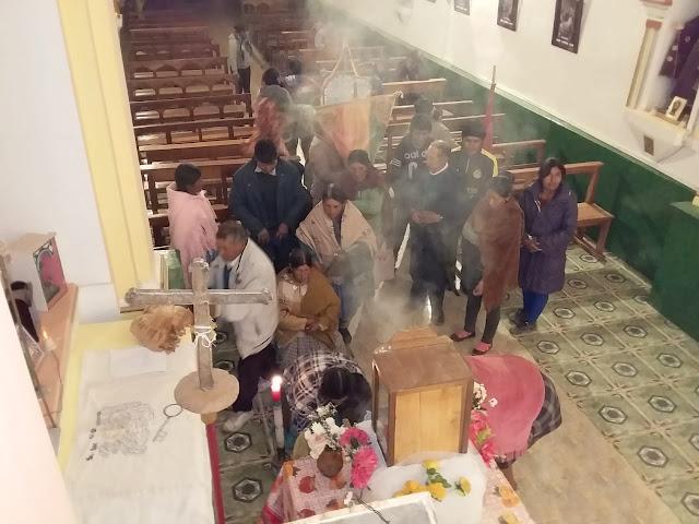El Senor de Quillacas Kreuzerhoehung wurde gefeiert ich hatte noch den Gottesdienst und die Leut waren dann eben am Festtag selber da