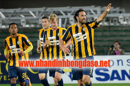 Hellas Verona vs AS Roma www.nhandinhbongdaso.net