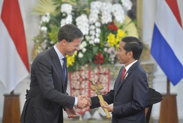Kembalikan Keris Kepada Jokowi, PM Rutte: