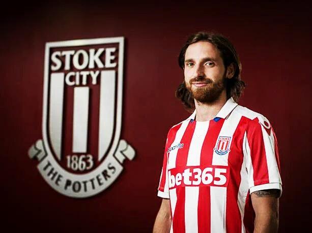 OFICIAL: Joe Allen é o novo reforço do Stoke City