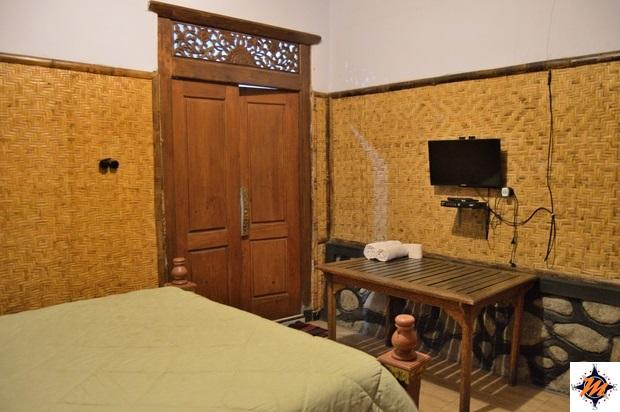 Cemoro Lawang. Hostel & Pondok Wisata Adas