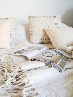 makuuhuone, vaalea sisustus, Koti & Keittiö lehti