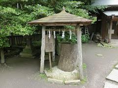 御霊神社弓立の松