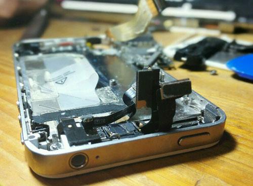 iPhoneの分解画像