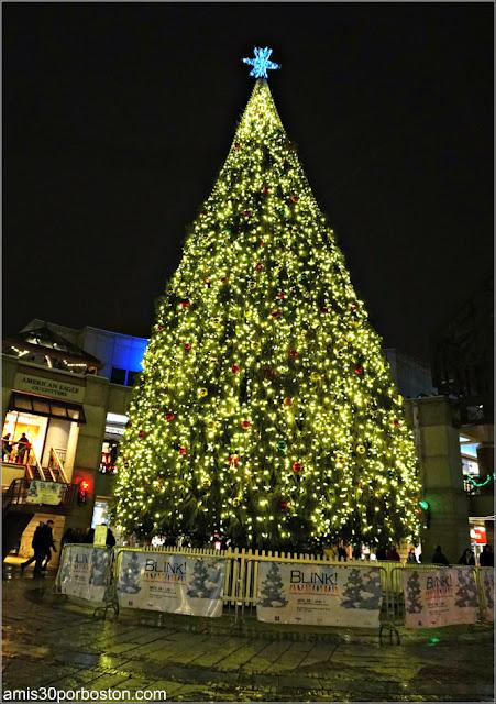 Árbol de Navidad del Faneuil Hall en Boston