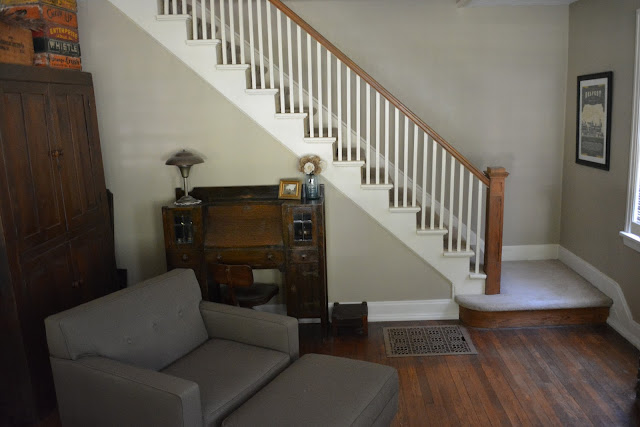 Sears Elmwood living room staircase