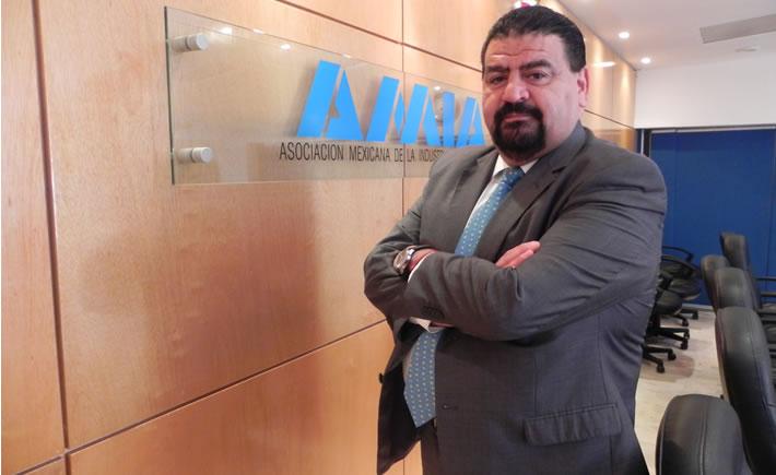 Eduardo Solís, presidente ejecutivo de la Asociación Mexicana de la Industria Automotriz (AMIA). (Foto:AMIA)