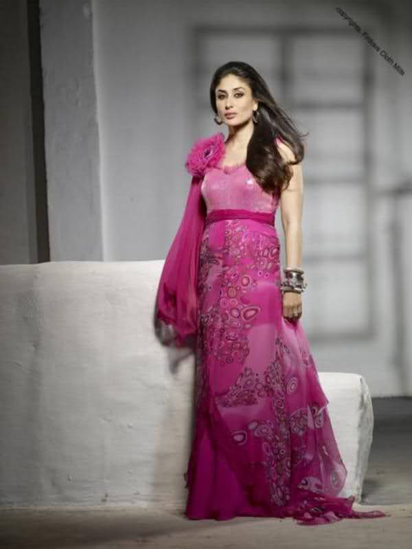 Kareena Kapoor in pink dress, Kareena Kapoor in pink salwar suite