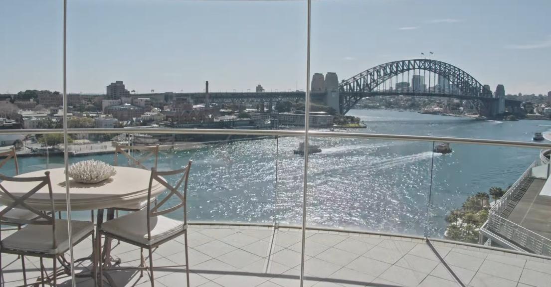 22 Interior Design Photos vs. 1401/61 Macquarie St, Sydney Luxury Condo Tour