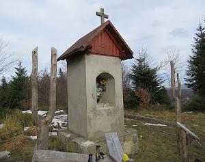 Kapliczka Matki Bożej Królowej Polski.