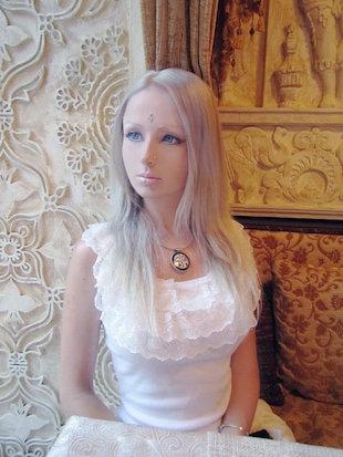 Kks Girl Wallpaper Chatter Busy Valeria Lukyanova On Her Barbie Doll Plastic