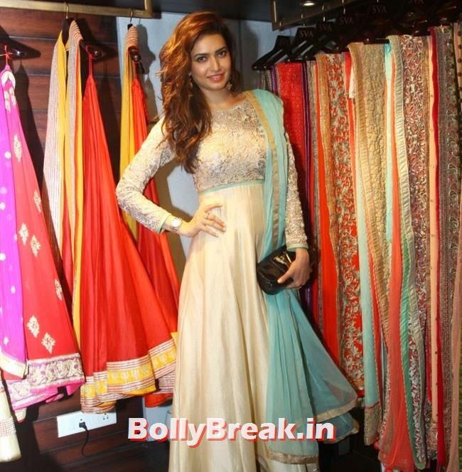Karishma Tanna, Mandira Bedi, Neha Sharma, Karishma Tanna, Satyarupa  Photos from SVA Bridal Store Opening