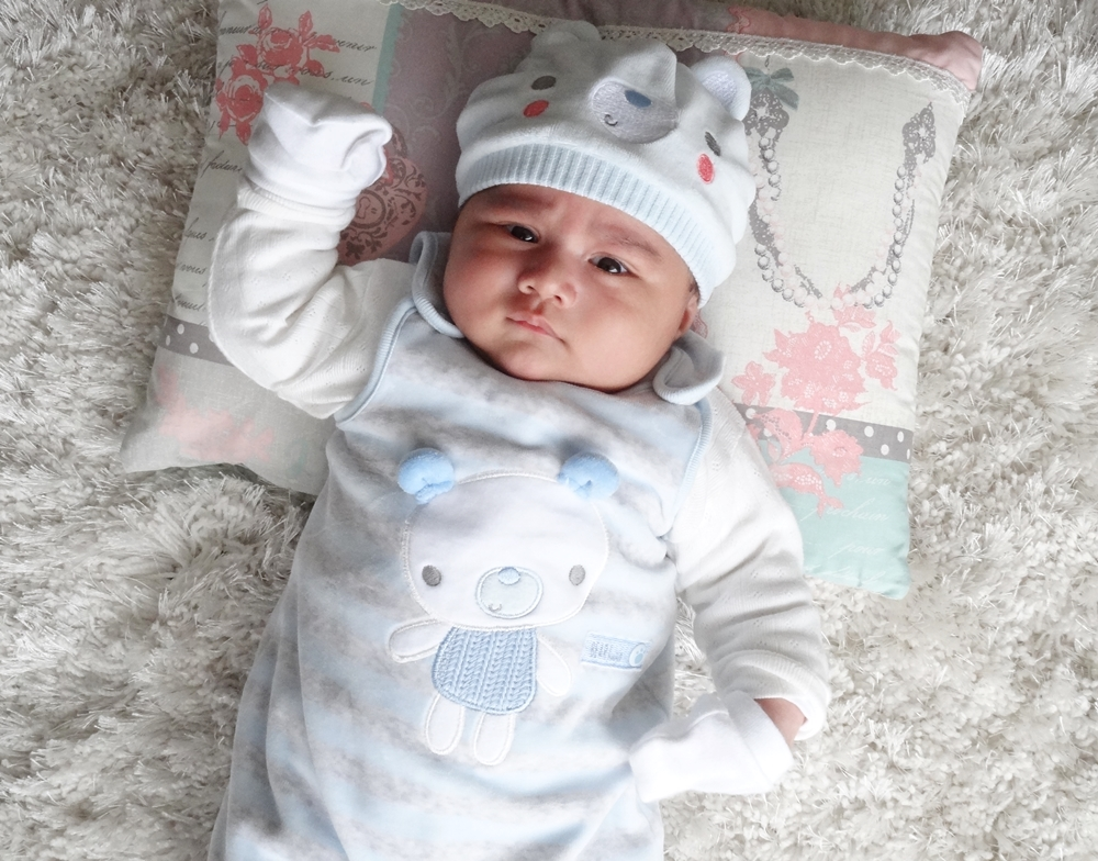 Anybody Home Baby Boy One Month Today: Indian Vanity Case: 5 Months Ago, I Met A Boy