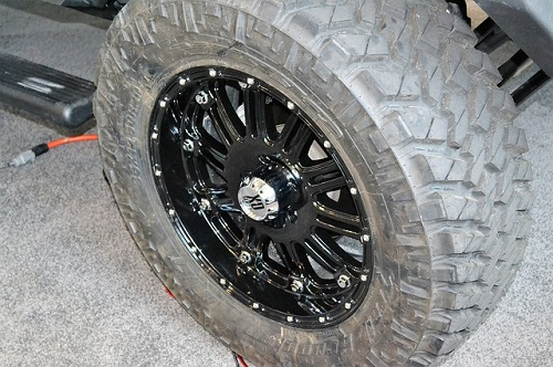Best Jeep Wrangler JK 33 Inch Tires Brand Choices