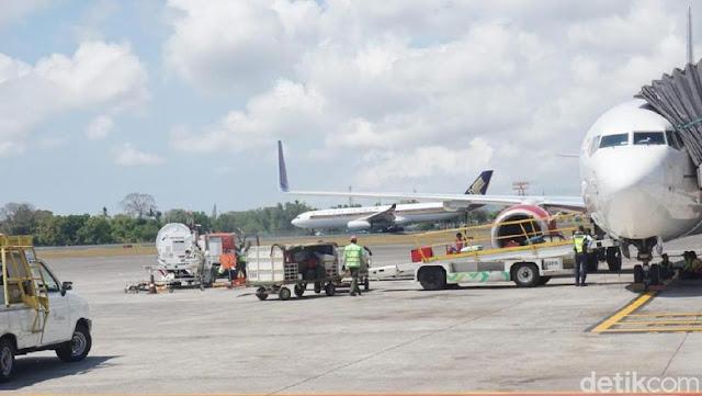 Gambaran Lengkap Heboh Emak-emak Lari di Apron Kejar Pesawat Citilink
