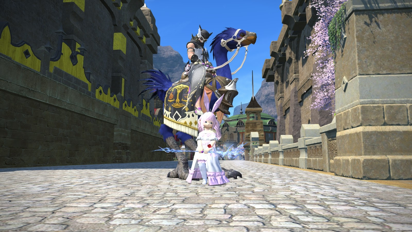 Huffy Panda Bear: [FFXIV] Getting the Boyfriend to play the game