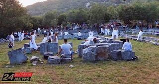 Περισσότεροι από 800 θεατές στην ολονύχτια διαδραστική παράσταση «From Darkness to Light» στο Ναό του Επικούριου Απόλλωνα
