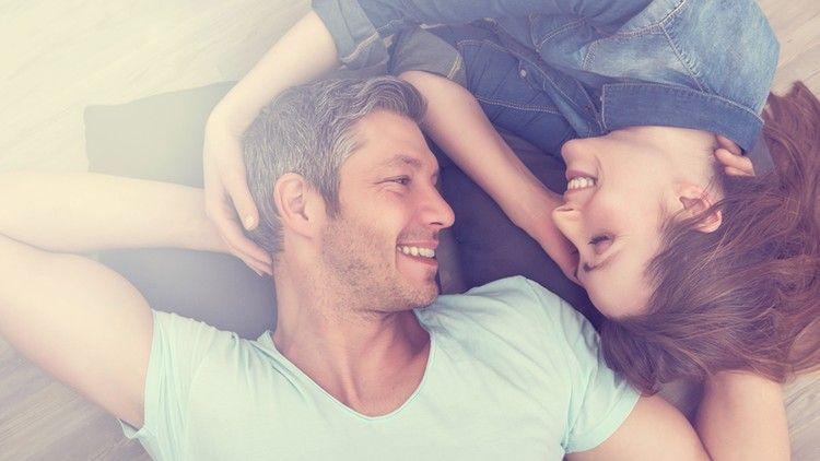 Cómo hablar con mujeres atractivas sin memorizar rutinas (Udemy)