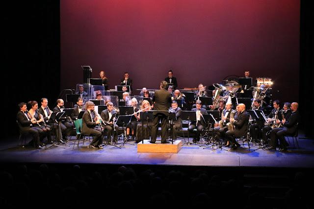Actuación de la Banda de Música en el Teatro Barakaldo