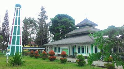 Masjid Agung Baiturrahim Liwa