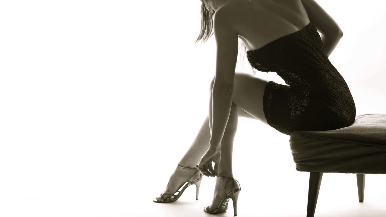 Αν θέλεις τα πόδια σου να γλιστράνε μέσα στα παπούτσια χωρίς να ξεραίνονται  και να πληγώνονται 91a2873302c