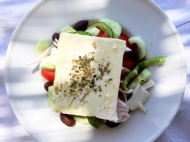 cosa-mangiare-in-grecia-insalata-greca