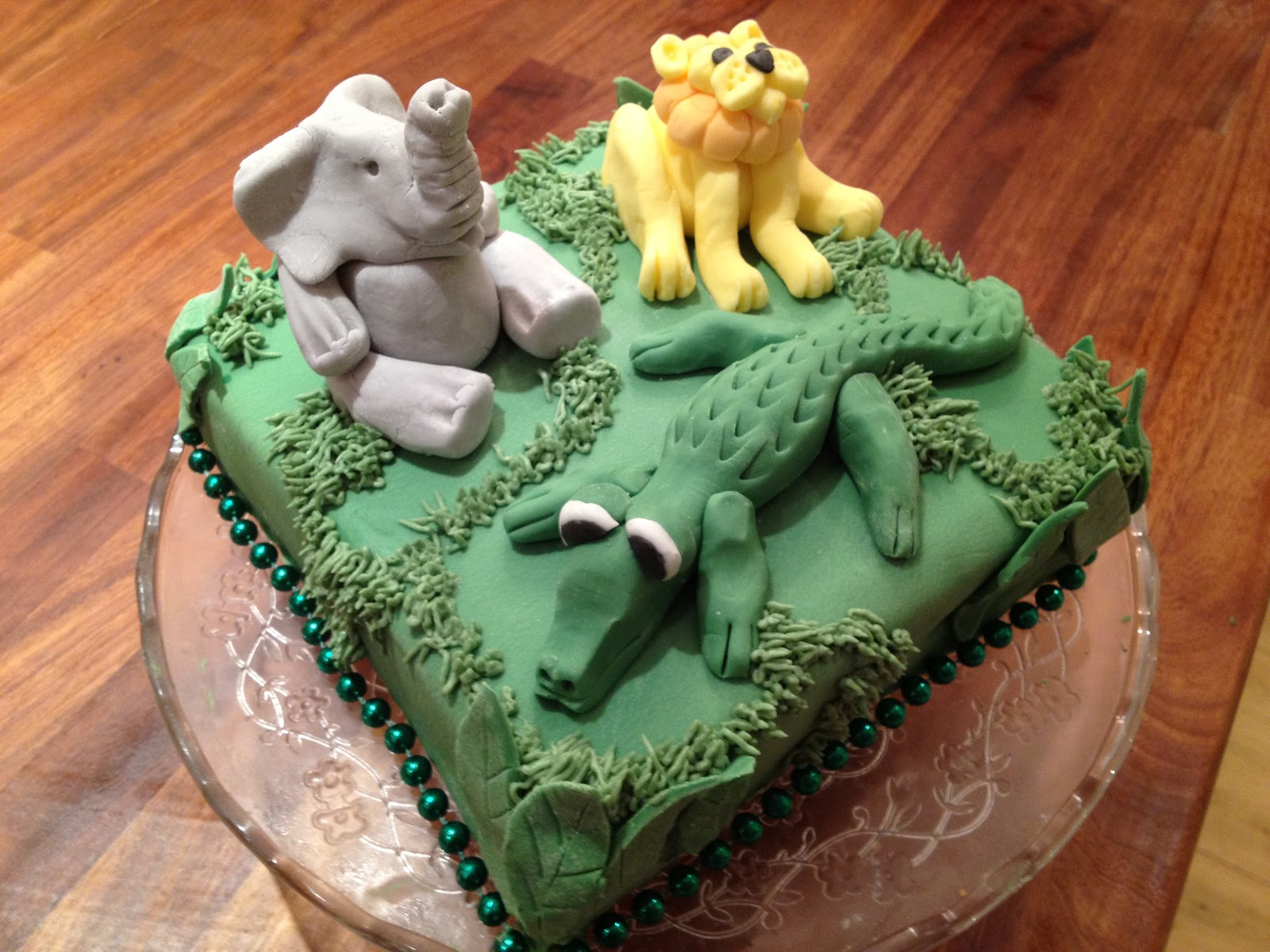 Birthday Cake Icing Recipes Easy: Gemma's Toddler Kitchen: Icing Sugar Crocodile For