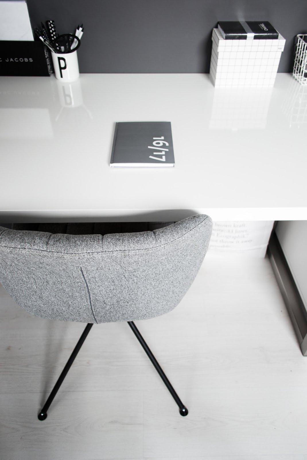 Zuiver, omg chair, minster design, minimal interior, black white, interior design, vitra, elephant mouse pad