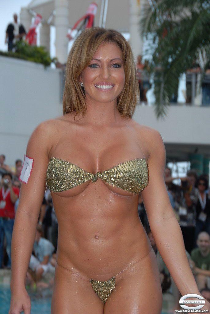 Sexiest Bikini Contest 20