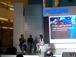 Talkshow bersama Philips Lighting dan Techno Vlogger, Ari
