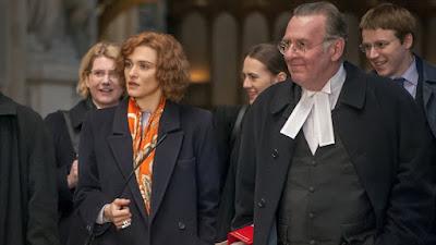 Holocausto: filme retrata processo real que condenou negacionista
