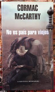 Portada del libro No es país para viejos, de Cormac McCarthy