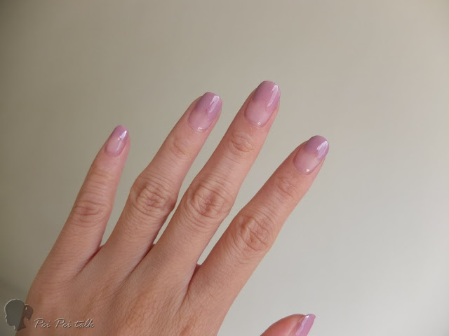 essie-gel couture 光療指甲油-sheer fantasy、touch up-試色