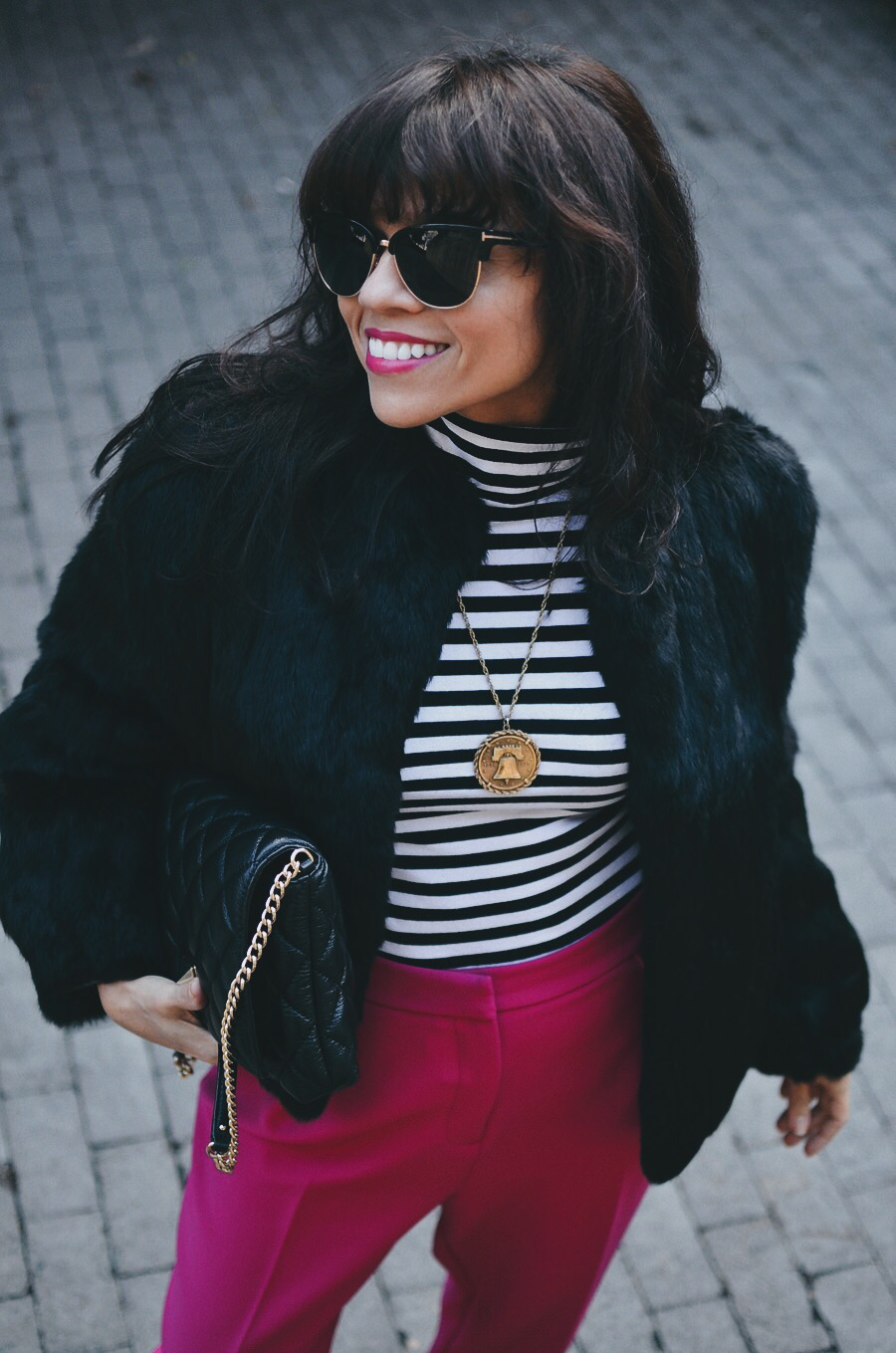 How to style pink pants