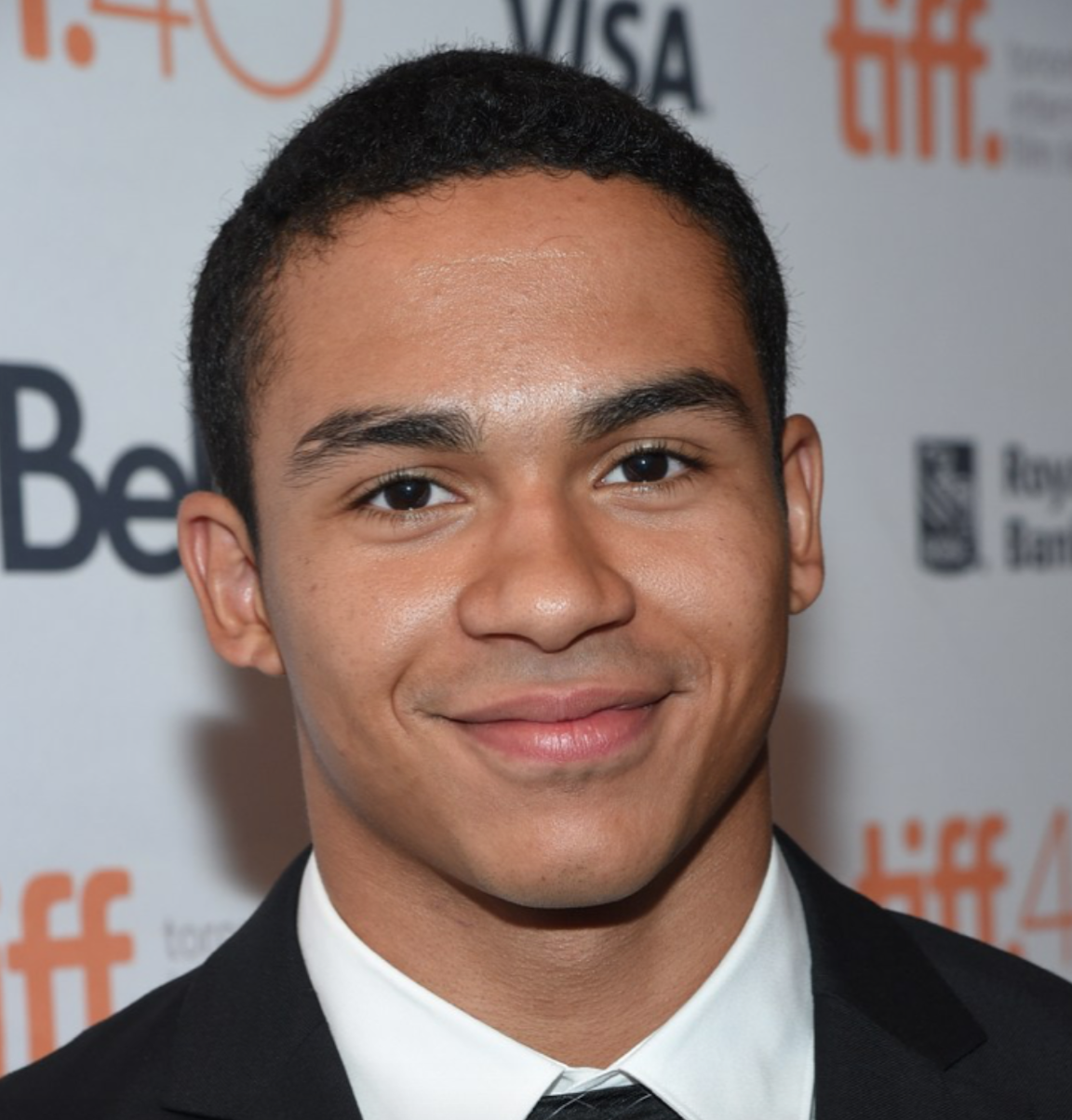 Pretty Little Liars The Perfectionists Noah Gray Cabey Evan Bittencourt To Recur In order to view this page you need javascript and flash player 8+ support! noah gray cabey evan bittencourt to recur