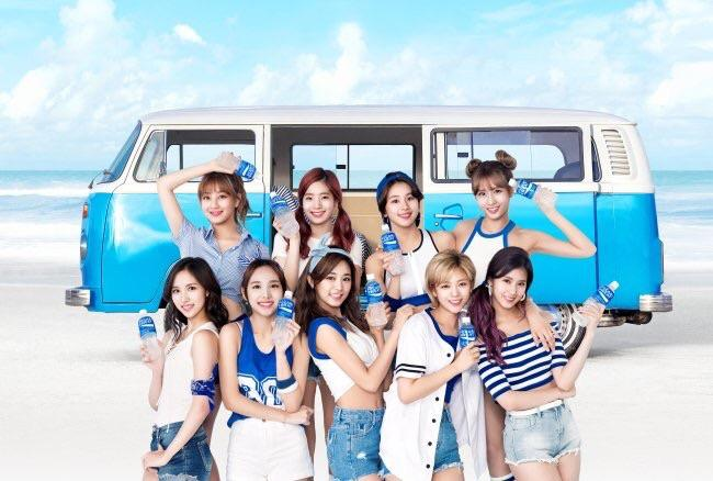 Is This The Reason TWICE Members Don't Have Solo Ads?