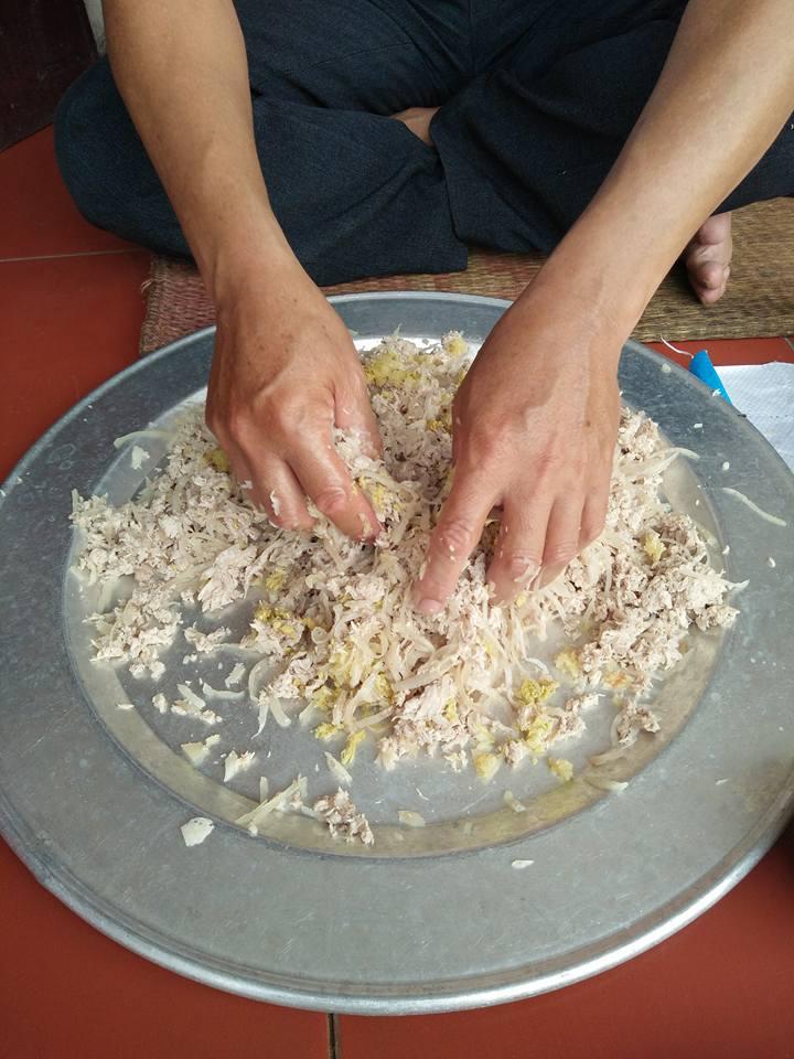 Mua nem nắm Nam Định ở Hà Nội tự làm thơm ngon