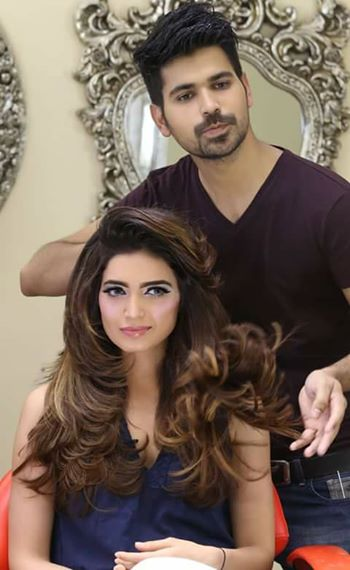 Krishma Tanna At Kashee's beauty parlor having hair coloring and hair cut by Kashif Aslam .Krishma Tanna New pics 2017