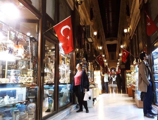 taksim-bulevard-shopping