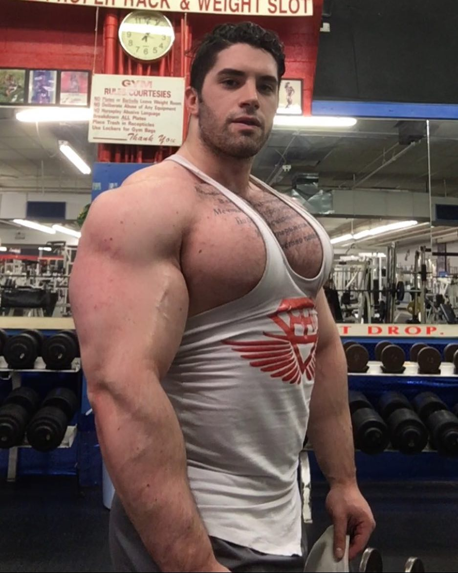 from Sean bodybuilder gay bodybuilder