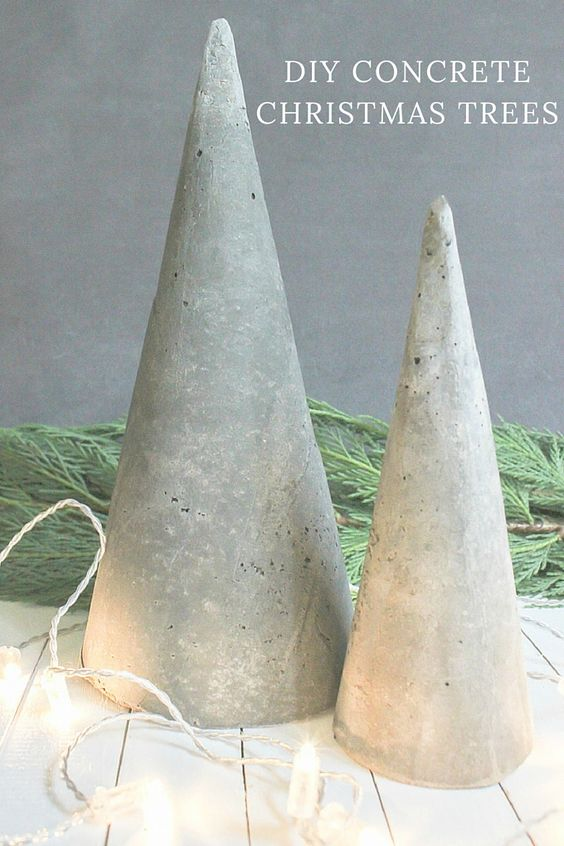 Árbol de Navidad hecho a mano con cemento, moderno y sencillo